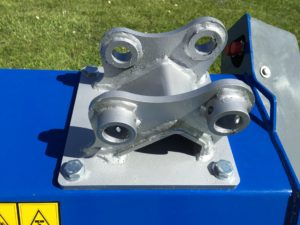 flail mower head mounting bracket