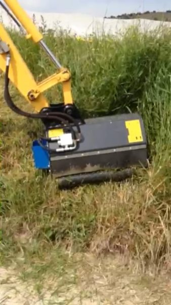 Flail mower head for 1,5 to 2 Ton mini diggers - Robustrack